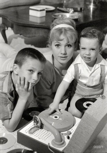 Shirley Jones with David and Shaun Cassidy.