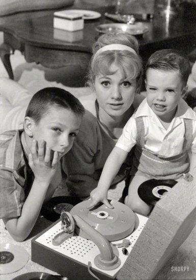 Shirley Jones with David and Shaun Cassidy.