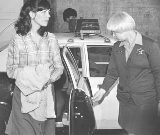 Leslie Van Houten, 1977.