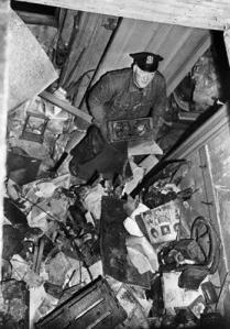 yPoliceman Searching Through Debris in Mansion (Custom)